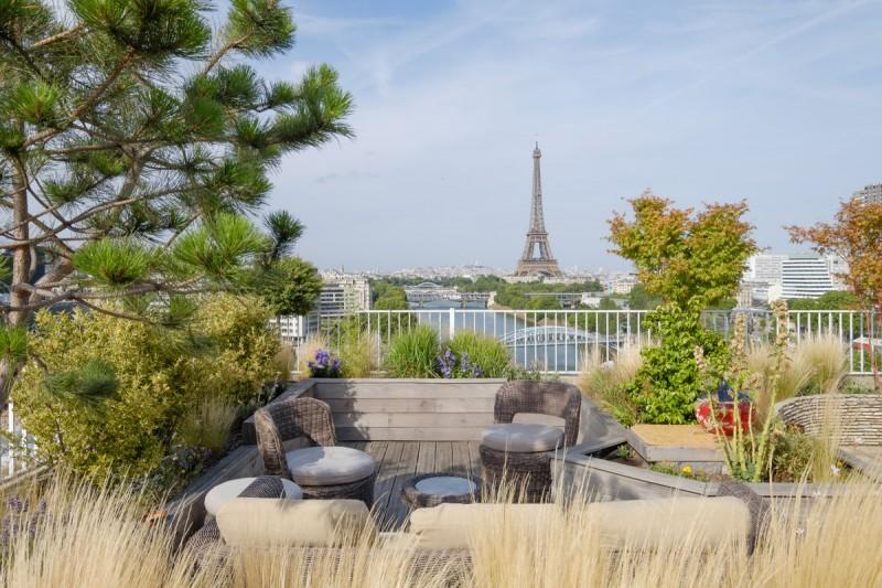 Eiffel Penthouse